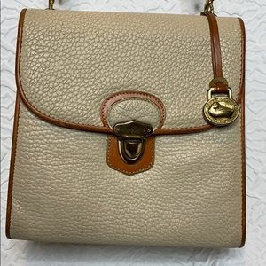 Dooney & Bourke Medium AWL Plaza Bag Vintage Purse